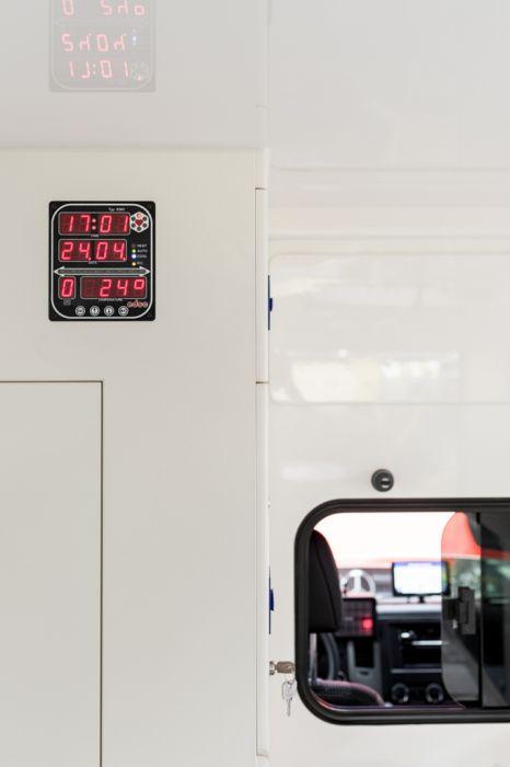 Unternehmens-Fotografie Strobel Rettungswagen Innen