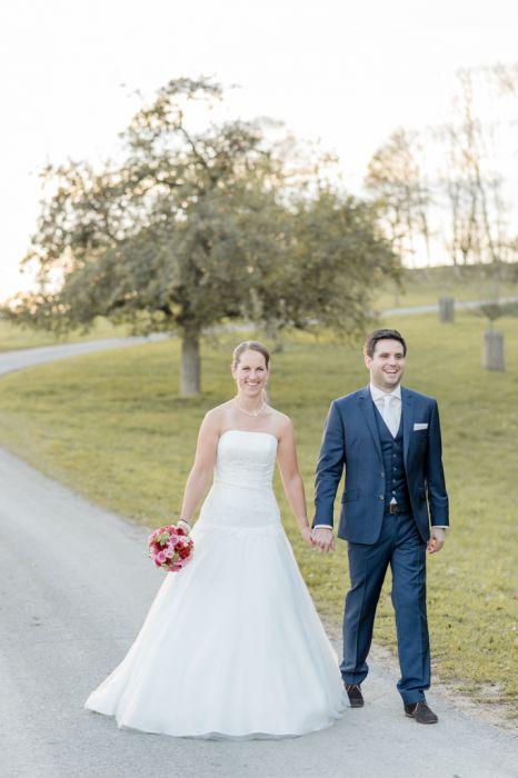 Brautpaar Spaziergang Maisenburg