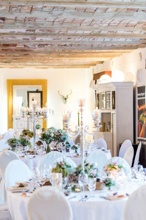 Hochzeits-Fotografie Hofgut Hohenstein Innenaufnahme