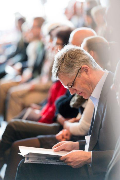 Eventfotografie Messe Zuhörer im Plenum