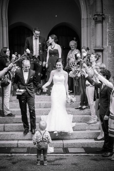 Fotografie Brautpaar nach der Kirche